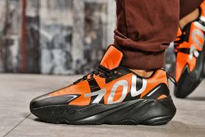 Кроссовки Adidas Yeezy 700 оранжевые 15523 мужские