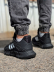 Кроссовки мужские Adidas 18943 черные